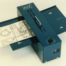 PIAF Picture in a Flash Tactile Graphic Maker