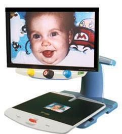 TOPAZ EZ HD magnifying a baby photo
