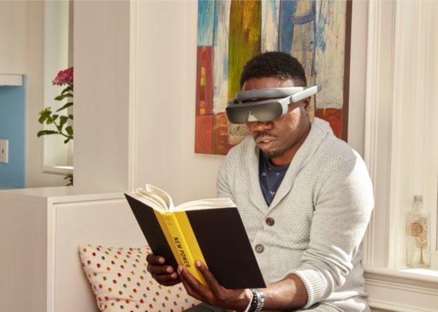 eSight 4 - Person reading book