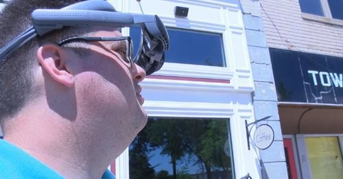 Legally blind man details journey to 20/20 vision with technology Care Technology